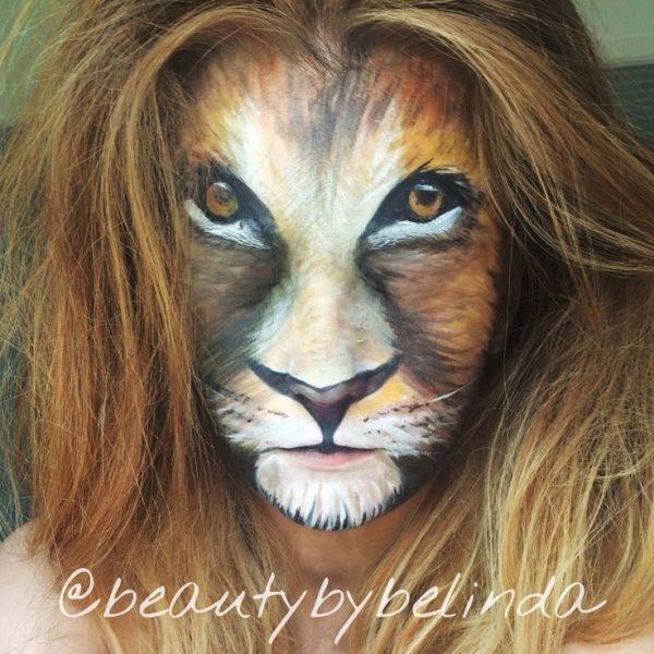 Assez Une jeune anglaise fait le buzz grâce à sa maîtrise du maquillage  RQ63